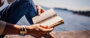 I libri fanno bene alla psiche: consigli per le vacanze