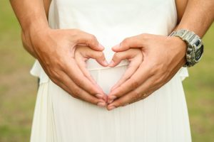 Da coppia a famiglia: cosa aspettarsi quando si aspetta un figlio