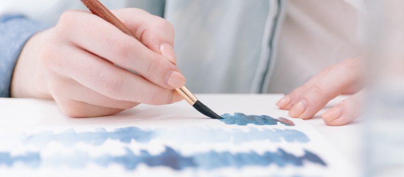Terapie espressive: si può davvero curare con l'arte?