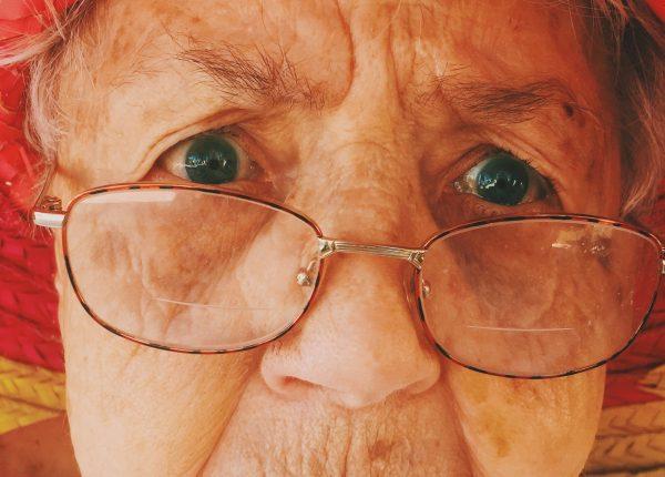 Anziani: quando il cervello perde colpi