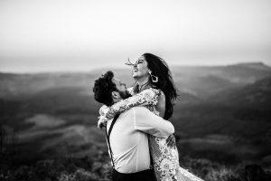 Innamoramento: secondo la psicologia dipende dall'infanzia