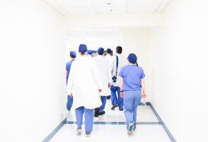 Trauma vicario e burnout negli operatori sanitari. Quali sono i sintomi?