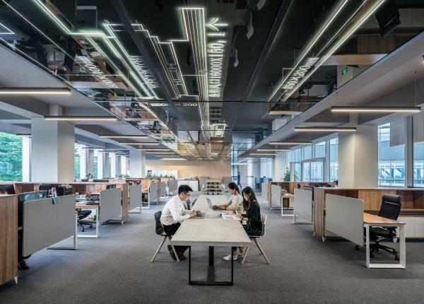 Riprendere il lavoro dopo la quarantena: il rientro in ufficio come fattore di stress